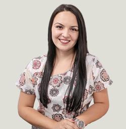 Dr. Iulia-Ștefana-Apostol
